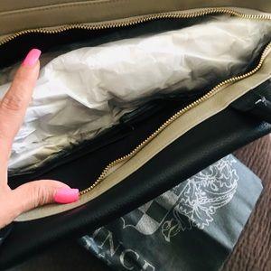 Vince Camuto Handbag New !!!